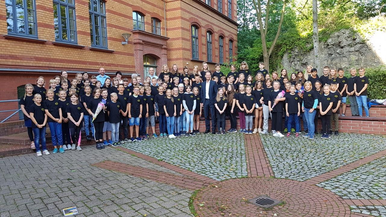 2019_Klassen_5_Shirts2